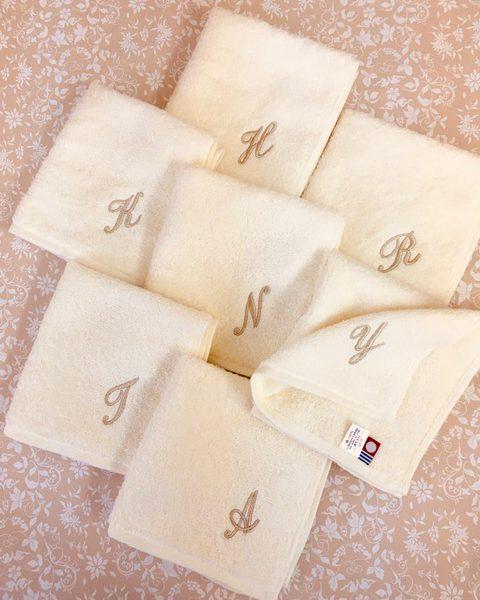 イニシャル刺繍のタオル 松竹タオル店